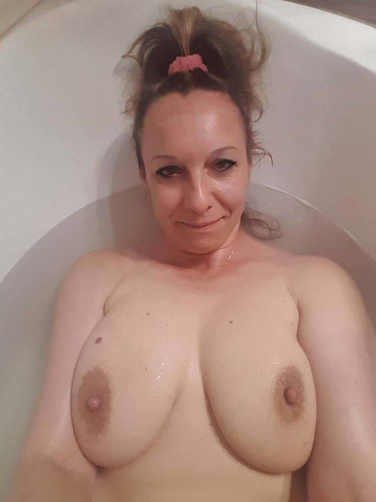 Hungarian amateur pussy6